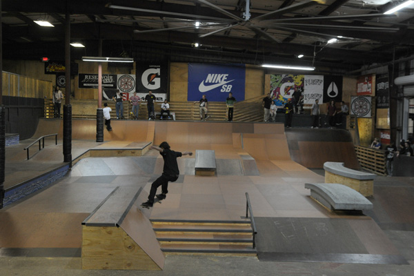 New Tampa Skate Park Pass Fees A Skate Pass allows access to Open Skate Session. Special events, clinics, camps, lessons, leagues, programs, and activities are not included. Session: $4 per person for 2 hours, $7 per person daily, or $ for a monthly unlimited skate pass. Desoto Park.