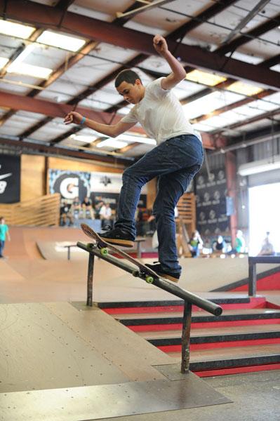 CCS Lurkathon: Front Blunt, Alex Sperando | Skatepark of