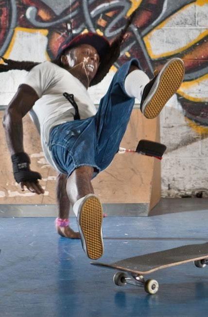 Lil Wayne Tunechi Skateboard Bail Fail Slam Skatepark Of