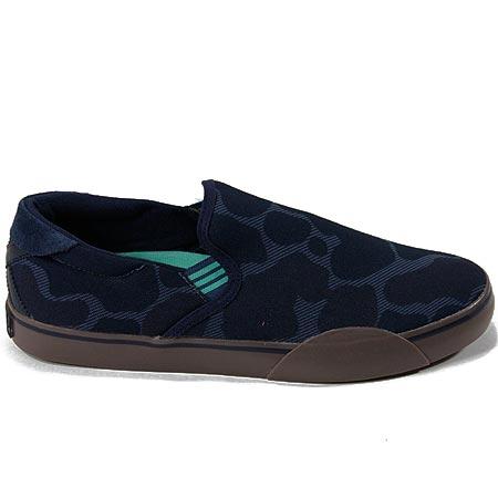 adidas slip on skate shoes