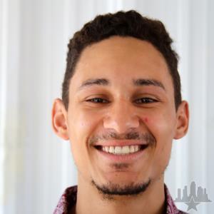 Carlos Junior Photo