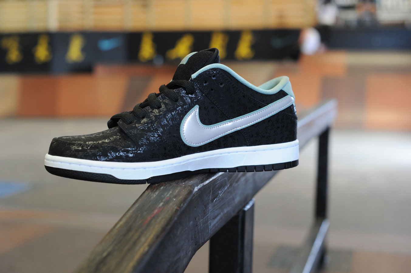timeless design 427c8 cdee2 SPoT X Lance Mountain 20 Year Dunk Low Shoe Review Article at ...