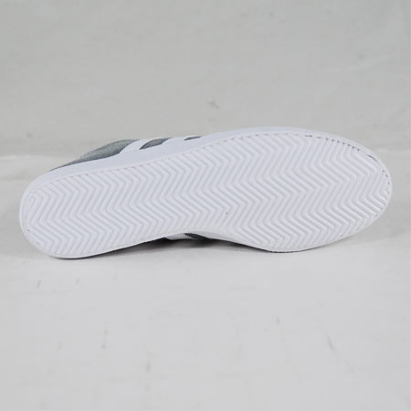 the latest 5c8a4 29bc6 adidas Adi Ease Surf Shoes, Mid Cinder Running White Photos