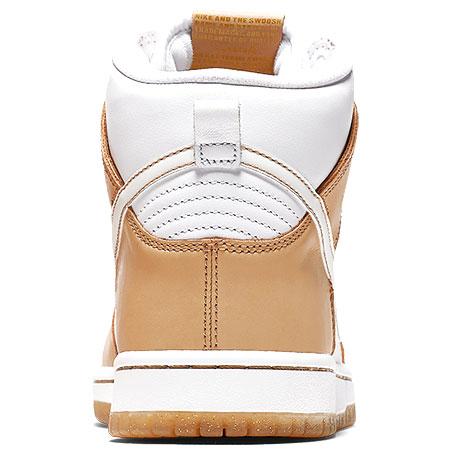 7bbd366574f4 Nike Premier x Nike SB Dunk High TRD QS Shoes