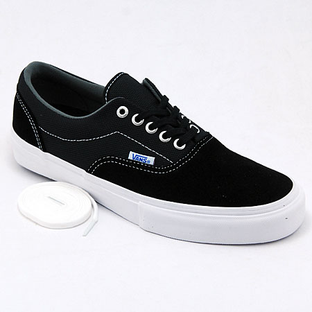 89eada0f204d black vans white laces   Come and stroll!