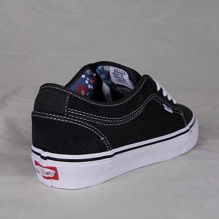 7e886d3c5404f7 Vans Chukka Low Pro Shoes