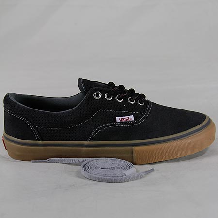 vans era pro perforated carbon