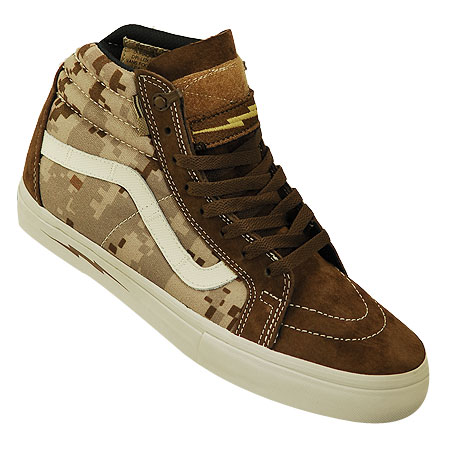 59bc239c3d43d1 OUT OF STOCK Color  Defcon Brown  Brown Suede  White