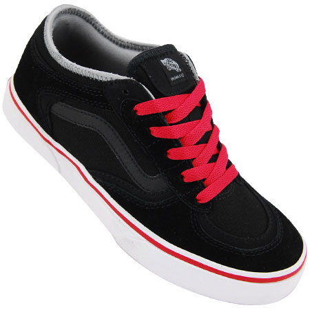 1a6b889094e351 OUT OF STOCK Color  Black Suede  Black  Red
