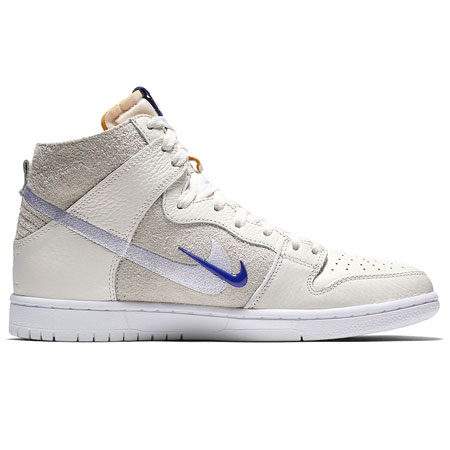 competitive price a45ce a2cb2 Nike SB Zoom Dunk High Pro QS Shoes