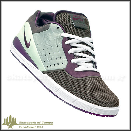 Nike Zoom Tre A.D. Shoes in stock at SPoT Skate Shop 9b5b3944bcb2