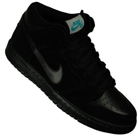online store ef9d6 0fd35 Nike Dunk Mid Premium Shoes