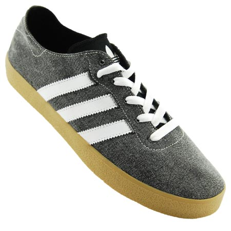 cheaper 8d48f 22764 OUT OF STOCK Color Black Running White Gum