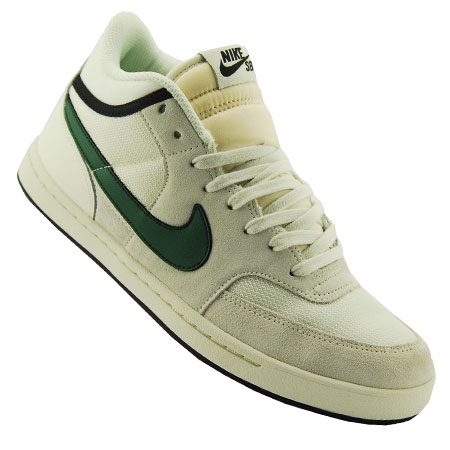 sports shoes e9713 484ba Nike SB Challenge Court Shoes in stock at SPoT Skate Shop